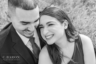 Outdoor engagement session at a park with a lake in Houton, Texas
