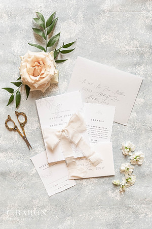 Pretty wedding editorial at the mansion like venue The Citadel in Houston, Texas.