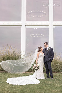 Elegant Fall wedding at The Farmhouse in Montgomery, Texas