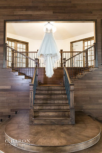 Gorgeous Wedding Editorial at The Oaks of Oak Plantation in Rosharon Texas in Brazoria County, south of Houston