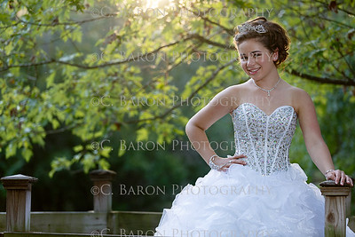 C-Baron-Photo-Quince-Portrait-Alyssa-117