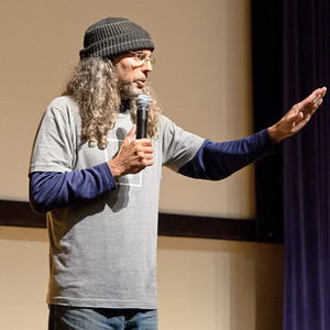 20111006-CCARE-I Am-Tom Shadyac-2739