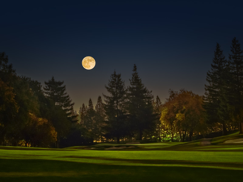 Supermoon 2nd Hole