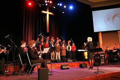 Hudson Chapel Choir - Early One Sunday Morning
