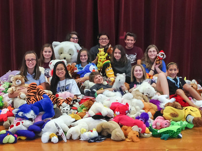 WAVE Students at League City Intermediate Collected Stuffed Toys for Kids in Crisis Situations