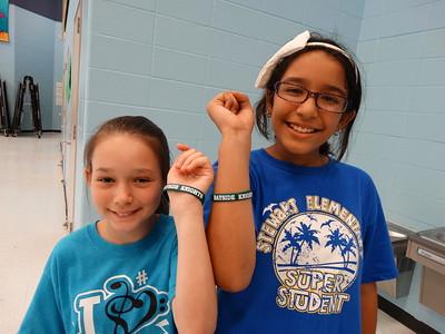 Bayside Intermediate Cheerleaders Host Stewart Elementary 5th Grade Pep Rally
