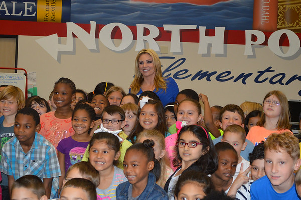 KHOU Meteorologist Chita Johnson Visits North Pointe Elementary