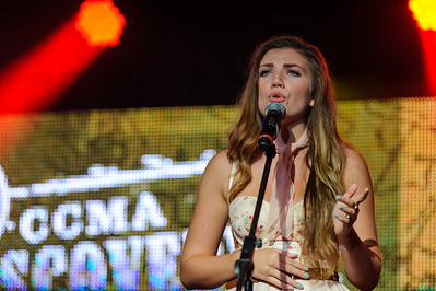 2015 CCMA Discovery Program Showcase