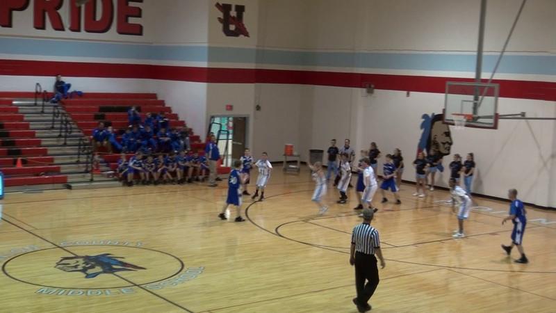2011 CCMS Basketball_0028