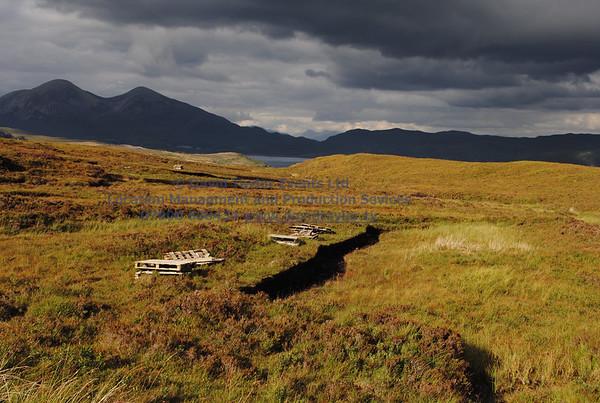 peat bog with peat cutting Elgol - 14