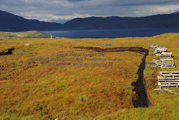 peat bog with peat cutting Elgol - 01
