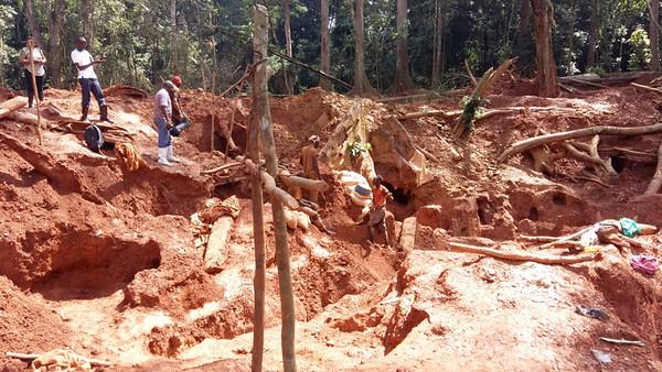 Illegal mining / exploitation artisanale illégale, DRC