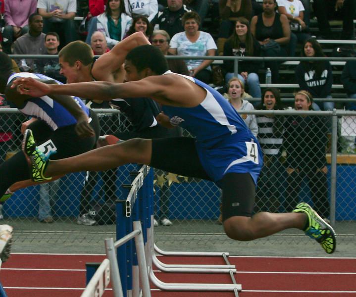 Boys 110 Meter Hurdles Finals-6407