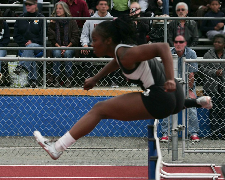 Girls 100 M Hurdles Finals-6376