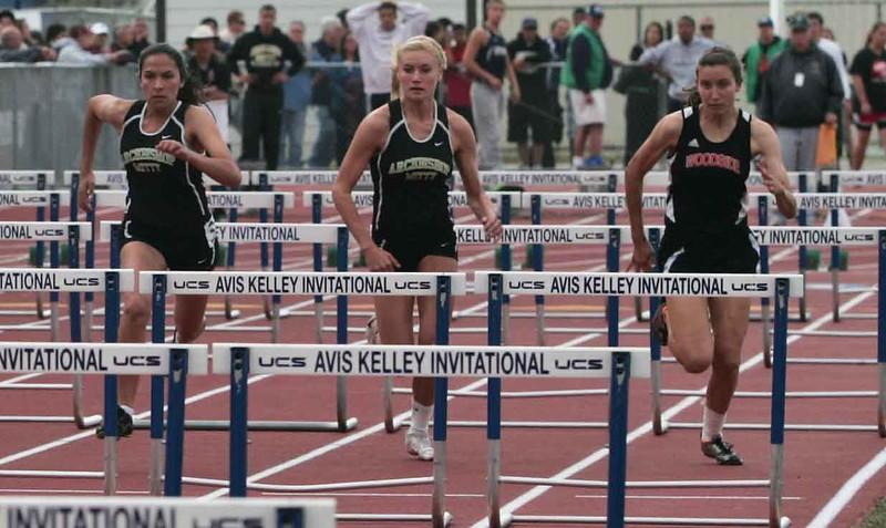 Girls 100 M Hurdles Finals-6363-3