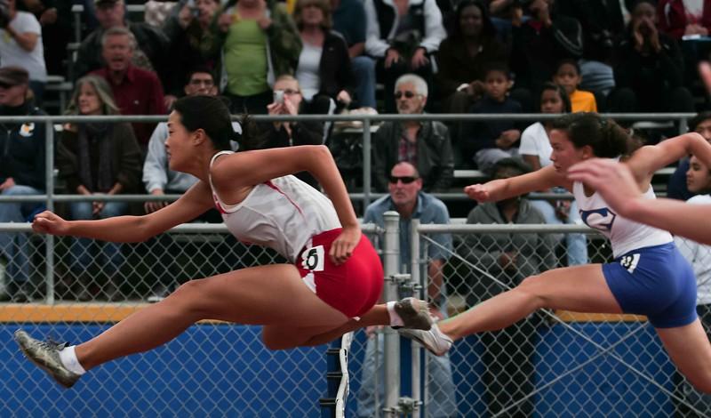 Girls 100 M Hurdles Finals-6378