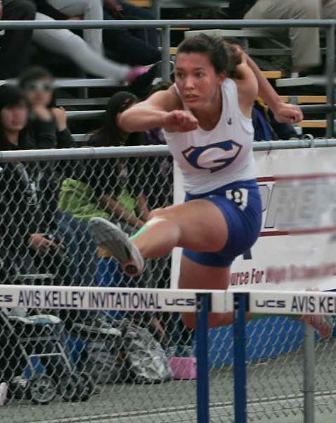 Girls 100 M Hurdles Finals-6369
