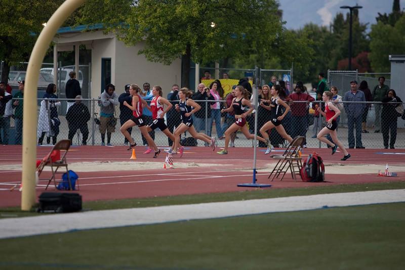 Girls 1600 Meter Finals-6190