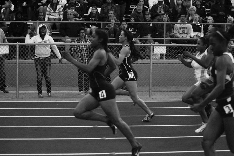 Girls 200 Meter Finals-6939