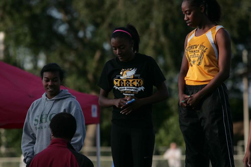 Girls 400 Meter Finals-6557
