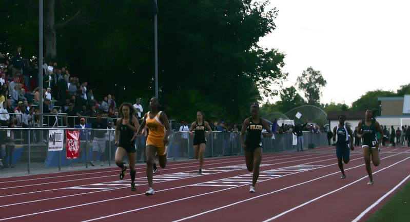 Girls 400 Meter Finals-6476