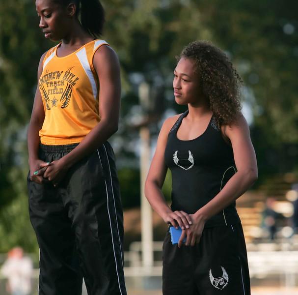 Girls 400 Meter Finals-6555