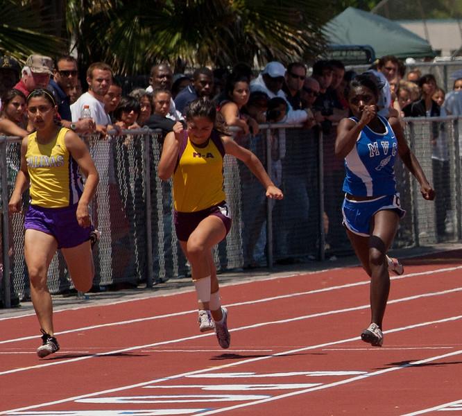 Girls 100 Meter-4126-2