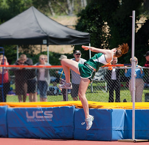 Girls High Jump Prelims