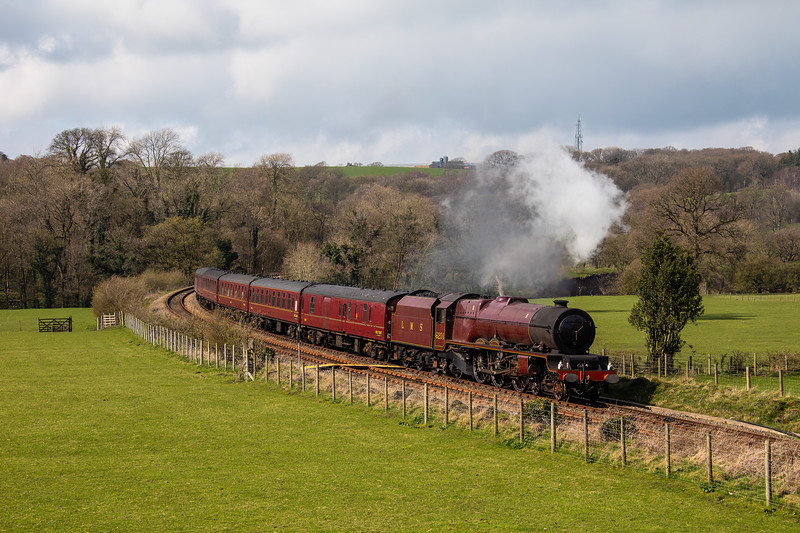 Ex LMS Stanier Pacific 6201 Princess Elizabeth rounds the curve on the approach to Wennington om 28th March 2019.  Fresh from an extended period of maintenance/renewal at Carnforth, we look forward to hearing her roar on special excursions in the near future!