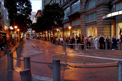 Powell Street Turntable (1)  Look at all the tourists queuing.