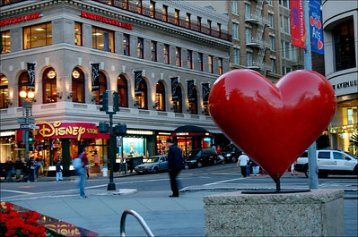 I Heart Disney Store  This heart and the Disney Store are on the NW corner of Union Square.