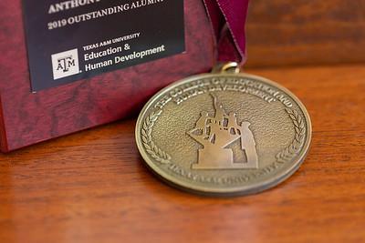OA Medallion_0006