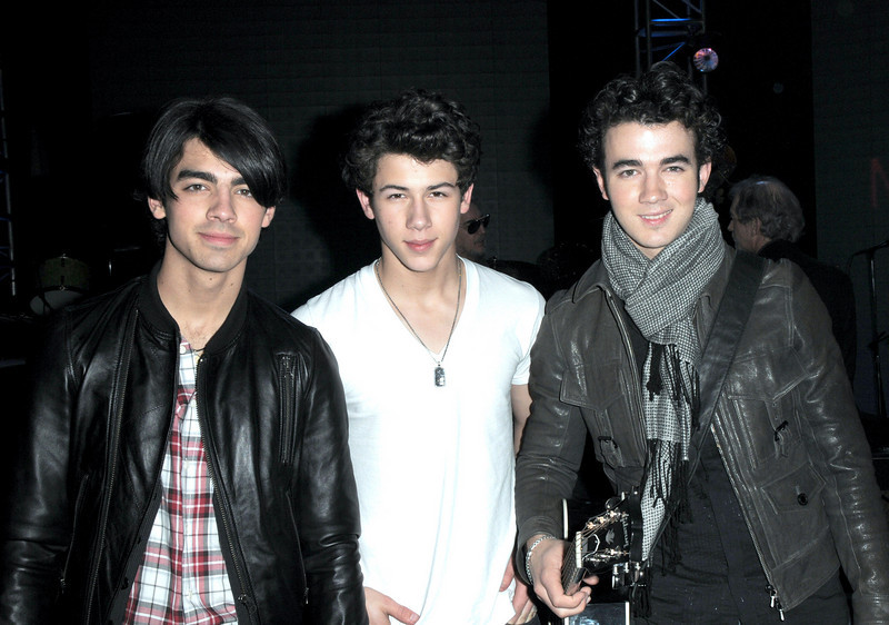 Jonas brothers rehearsing at the MusiCares Person of the Year - Neil Diamond