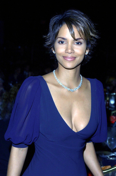 Halle Berry at the 2002 Women in Film Crystal Awards