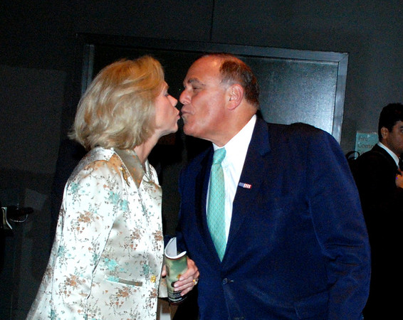 Ed Rendell kisses his wife Midge as he heads back to Harrisburg