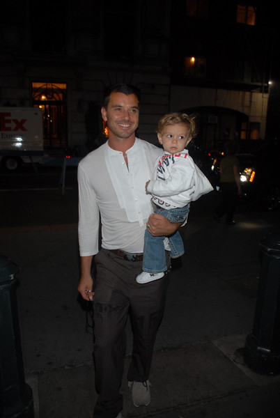 Gain Rosdale and son Kingston arrive at moms, Gwen Stefani's, LAMB fashion show in NYC on 9/6/07 (Photo Credit: HughE Dillon)