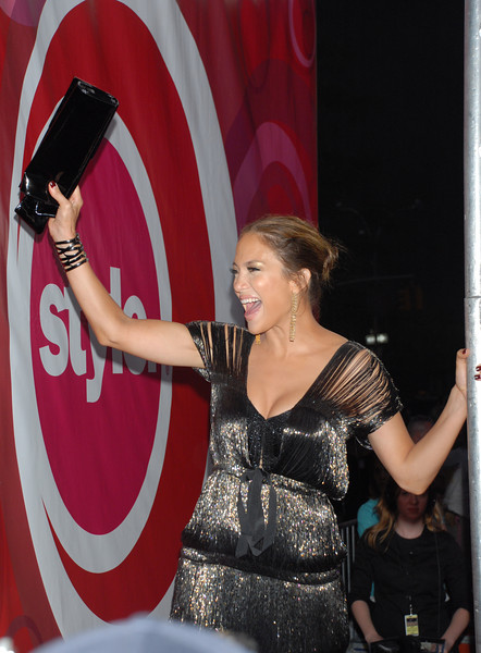 Jennifer Lopez waves to the fans from the Red Carpet at Conde Nast Media Group's 4th Annual Fashion Rocks at Radio City on September 6, 2007 in New York City. (Photo Credit: HughE Dillon)