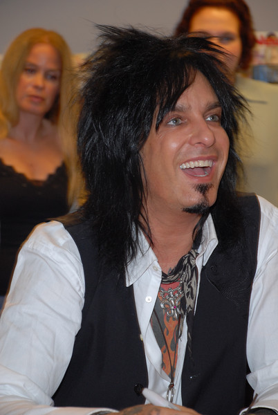 Nikki_Sixx_Borders_Book_Signing_Philly_HJD_18 (13)