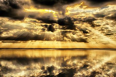 """ETC-3140  """"Golden Rays"""""""