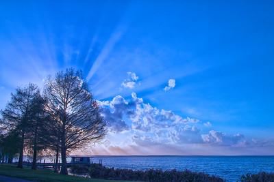 """ETC-3217 """"Fantastic Sunburst in Blue"""""""
