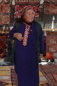 TOLKUCHKA BAZAAR - ASHGABAT