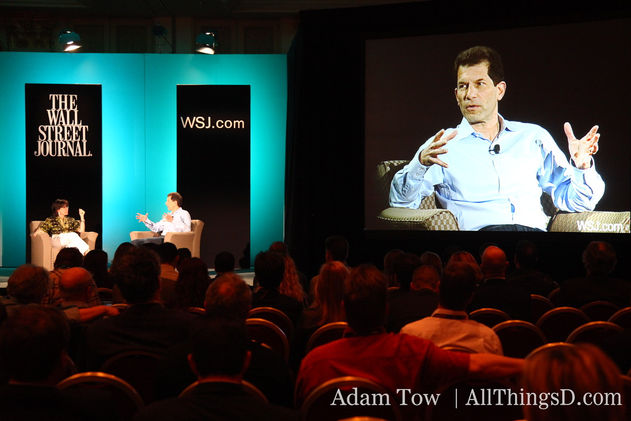Palm CEO Jon Rubinstein talks about the democratization of application development on webOS.
