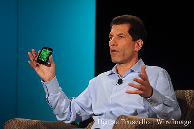 CEO Jon Rubinstein explains how the new Palm Pre Plus loses the scroll ball found on the original Pre.