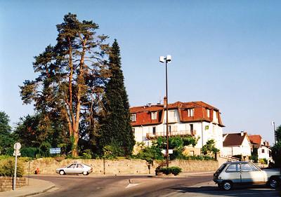 Svítání u hotelu Beau Site, Sochaux, Francie