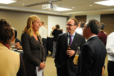 041CFA_Oct912_social_Russell_Investments