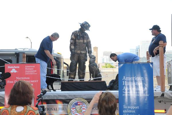 2012-06-25 Fire Dog Statue QFA