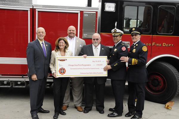 2015-05-19-FIREHOUSE SUB PUBLIC SAFETY FOUNDATION DONATIONS (2)