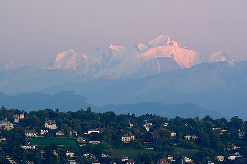 Mt Blanc at Moonrise 01_DSC5018_2009-10-04_017