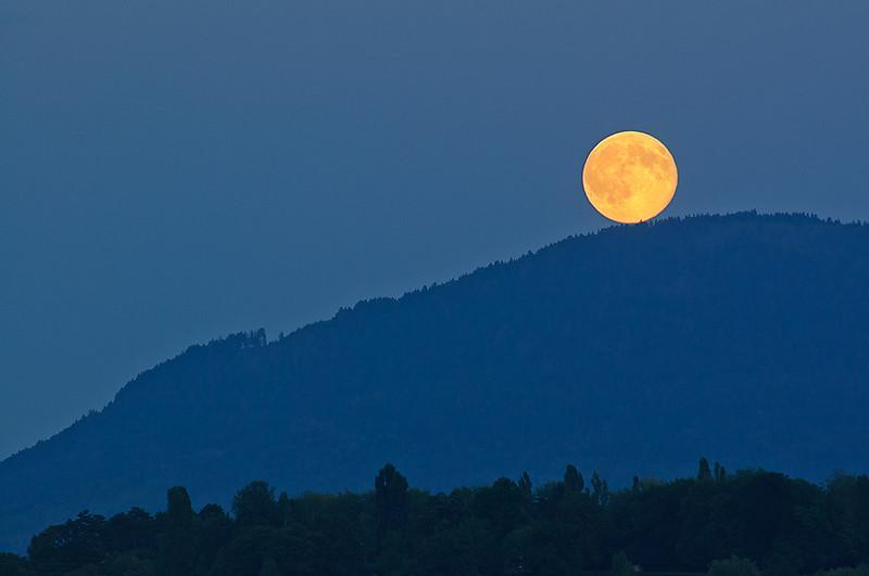Moonrise-at-Lake-13_DSC0400_2010-09-23