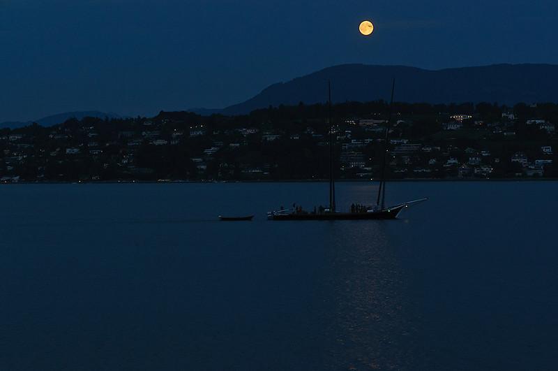 Moonrise-at-Lake-16_DSC0414_2010-09-23